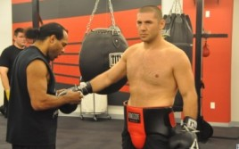 Магомед Абдусаламов продолжает подготовку к поединку против Майка Переса