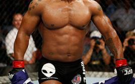 UFC 171: Гектор Ломбард — Джейк Шилдс