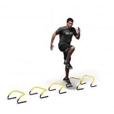 Упражнения для ног с мини барьерами