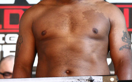 Победитель боя Кормье-Хендерсон сразится за титул чемпиона UFC