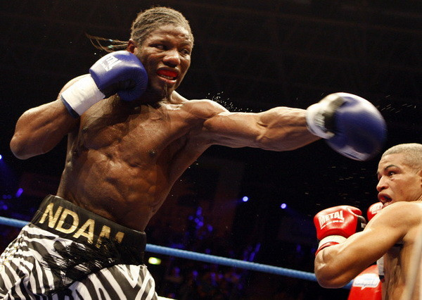 French boxer Hassan N'Dam (L) fights aga