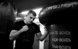Рахим Чахкиев жестко нокаутировал Валерия Брудова
