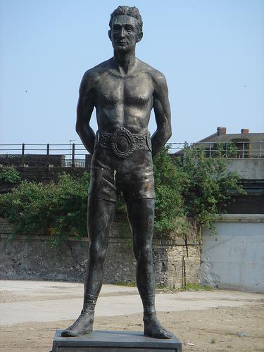 Памятник Джиму Дрисколлу