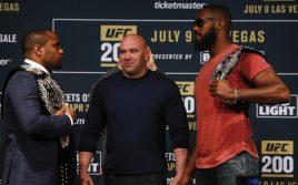 Хронология чемпионов UFC: Полутяжелый вес