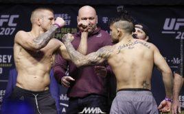 Ти Джей Диллашоу победил Джона Линикера. UFC 207