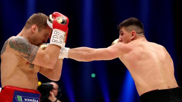 Латвиец Майрис Бриедис победил Марко Хука истал чемпионом мира побоксу