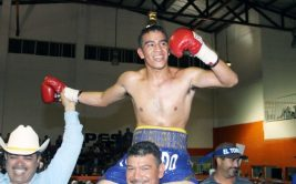 Бывший чемпион мира по боксу погиб в аварии