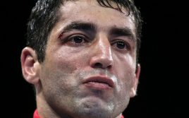 Алоян завоевал вакантный титул WBC Silver