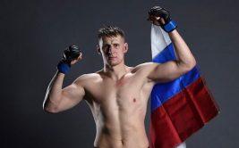Александр Волков уже начал тренироваться, чтобы быть готовым к титульному поединку