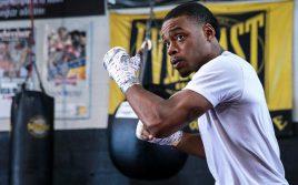 Де Ла Хойя: Спенс ошибается в том, что боксерам не нужны промоутеры