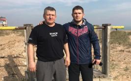 Абдулманап Нурмагомедов рассказал о том, сколько заработает его сын за бой с Макгрегором