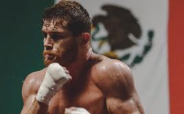 Де Ла Хойя: Альварес будет драться с Чарло, Андраде и Джейкобсом