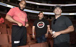 5 чемпионов UFC, которые не защищали пояс дольше всех