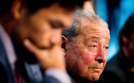 Боб Арум: Пакьяо не стоит выходить против Спенса и Кроуфорда