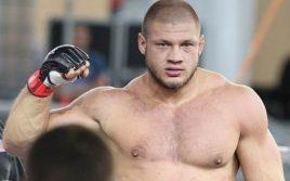 Иван Штырков: Российский боец оставляет здоровье на пути в UFC