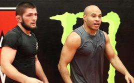Али Абдель-Азиз назвал Тони Фергюсона клоуном!