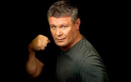Олег Тактаров ответил Михаилу Галустяну