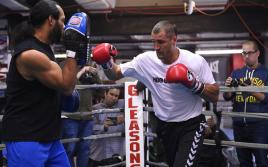 Экс-тренер Ковалева: Сергей согласился на бой с Канело, а теперь ноет
