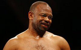 Рой Джонс грозит выбыть из боя с Тайсоном