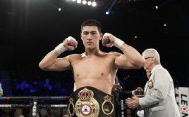 Эдди Хирн назвал боксера, который победит Дмитрия Бивола