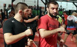 Нурмагомедов отреагировал на драку бойцов на улице (+видео)