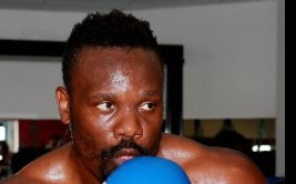 dereck-chisora-media-workout-20130716-121608-747
