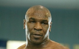 mike_tyson_061009_003