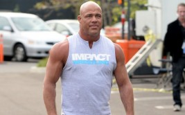kurt-angle.vadapt.955.high.0