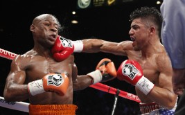 JOHN LOCHER/LAS VEGAS REVIEW-JOURNAL Victor Ortiz hits Floyd Maweather during their WBC Welterweight bout at the MGM Grand in Las Vegas Saturday, Sept. 17, 2011.