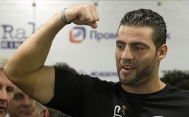 Manuel Charr of Germany poses during the official weigh-in in Moscow September 7, 2012. Charr will challenge champion Vitali Klitschko of Ukraine for his WBC heavyweight title in Moscow on Saturday. REUTERS/Maxim Shemetov (RUSSIA - Tags: SPORT BOXING)