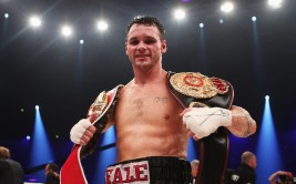 OBERHAUSEN, GERMANY - SEPTEMBER 01:  Daniel Geale of Australia celebrates after winning his WBA and IBF middleweight world championship fight against Felix Sturm of Germany at Arena on September 1, 2012 in Oberhausen, Germany.  (Photo by Joern Pollex/Bongarts/Getty Images)