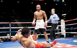 Welterweight Carson Jones (32-8-2, 21 KOs) systematically dismantled Mayweather Promotions fighter Said Oauli (28-4, 20 KOs) over the course of seven rounds before a TKO by way of doctor stoppage.